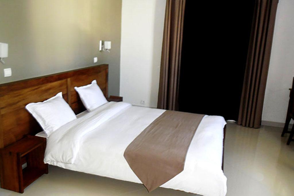 HOTEL RESTAURANT BAR LA VERANDA - 0