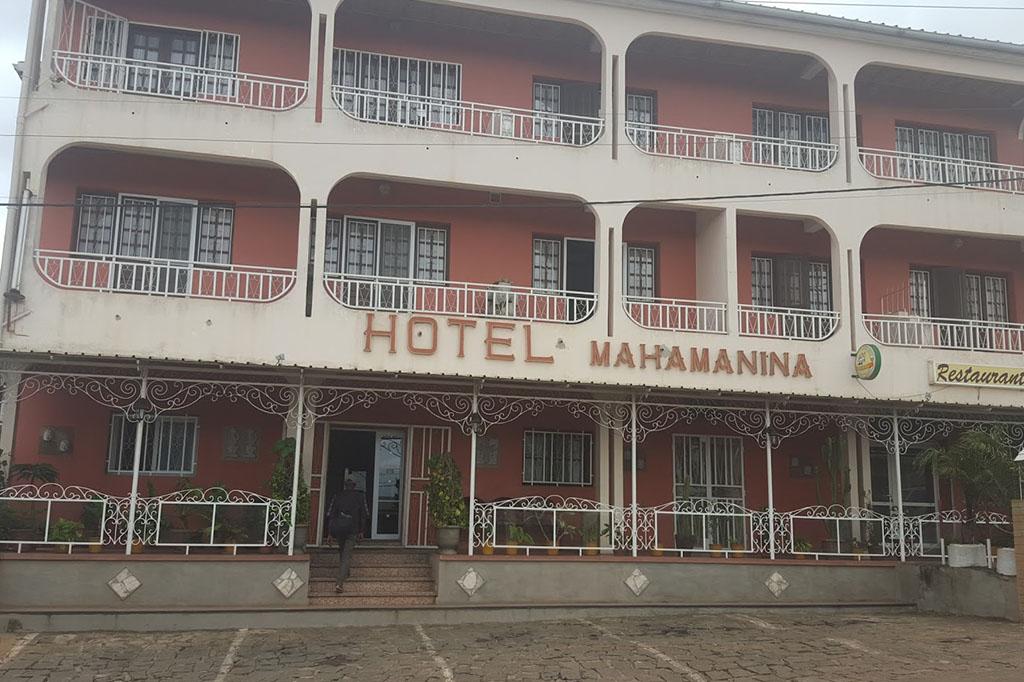 HOTEL MAHAMANINA - 0